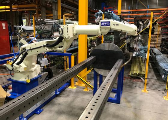 OTC Autoline Welding Robot